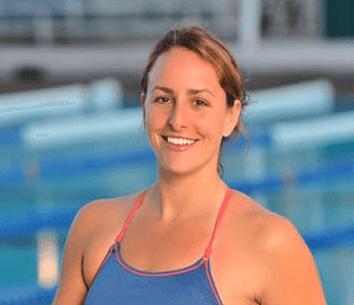 women-swimmer
