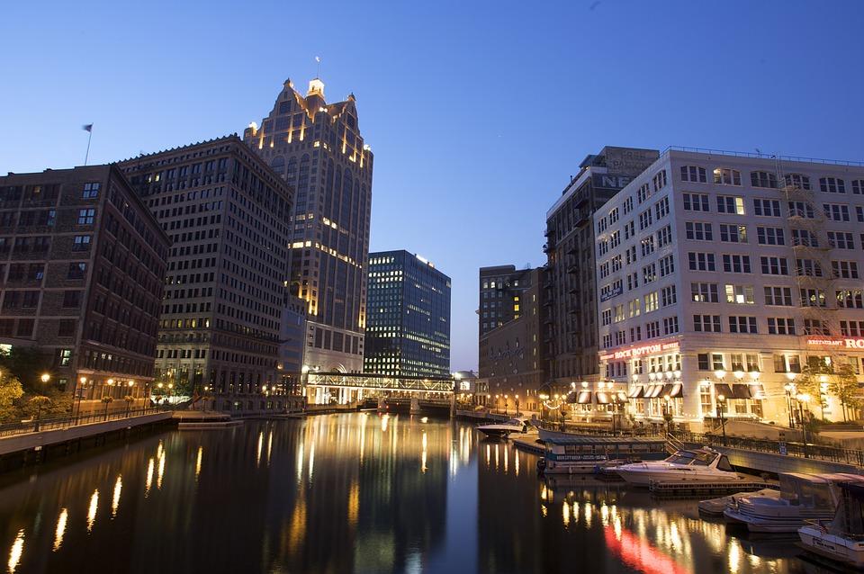 River Downtown City Milwaukee