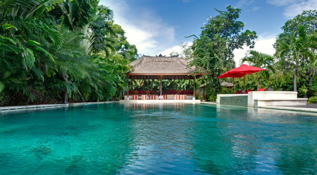 Villa-Kalimaya-I-Wide-view-of-the-pool