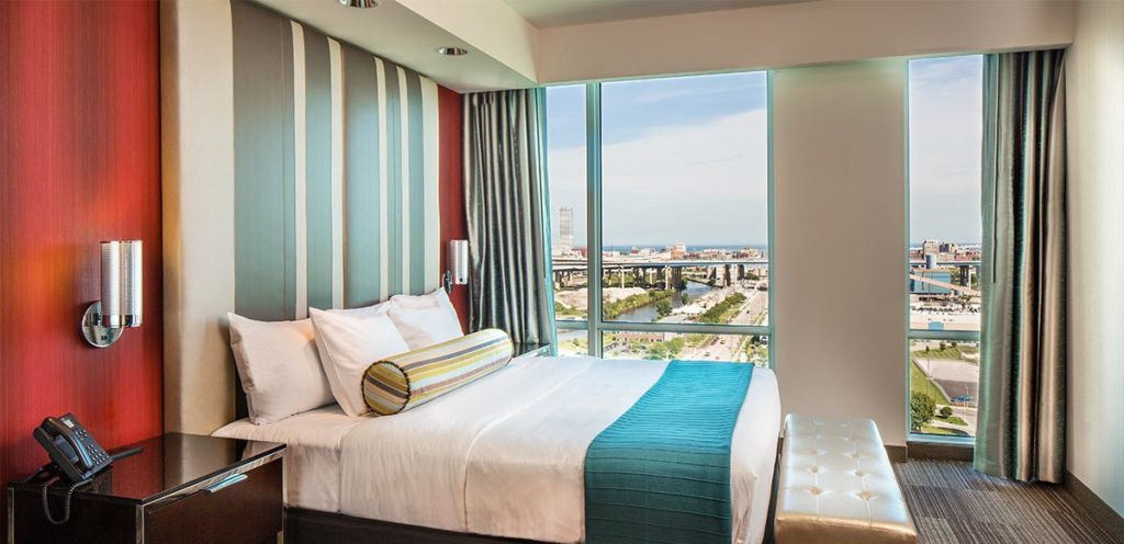 guest-rooms-and-suites-casino-king
